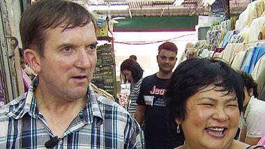 Narumol & Josef: Ehe auf der Kippe! So steht es wirklich um das Kult-Paar! - Foto: MG RTL D