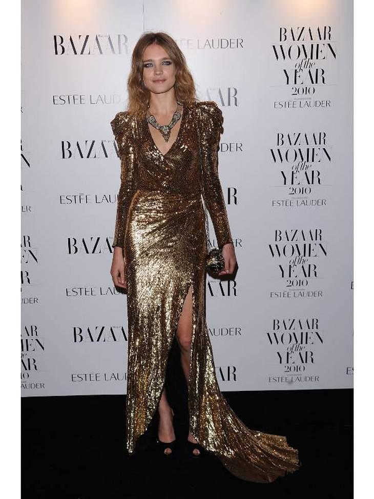 """Das russische Foto-Modell Natalia Vodianova wuchs in ärmlichen Verhältnissen auf, bevor sie ihre Karriere als Model begann. Laut """"forbes.com"""" belegt sie mit 5,5 Mio. Euro Jahreseinkommen den 7. Platz der bestverdienenden Models we"""