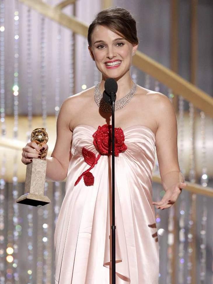 """Golden Globes 2011Die schwangere  Natalie Portman räumte den Preis für die beste Schauspielerin in einem Drama ab.  """"Black Swan"""" startet bei uns am 20. Januar."""
