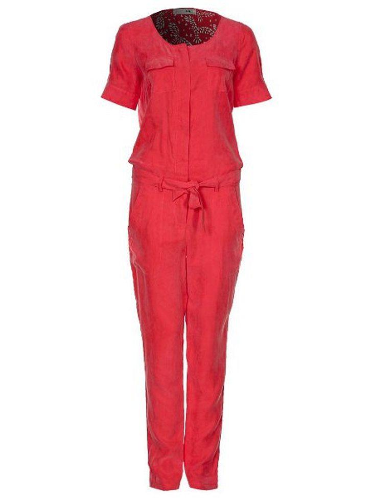 Klau den Look von Nazan EckesOverall in Rot von Object, um 79,95 Euro.