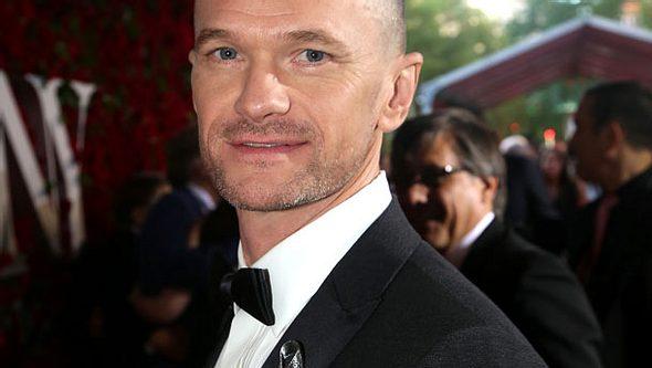 Neil Patrick Harris schockt bei den Tony Awards mit Glatze