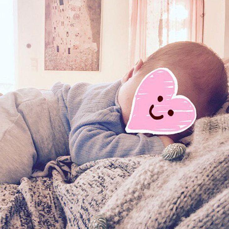 Neu-Mama Nela Lee zeigt neues Baby-Foto