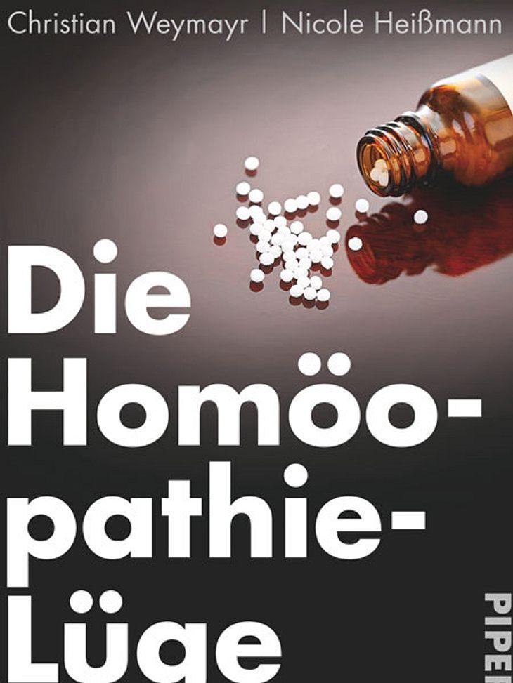Die Homöopathie-Lüge: So gefährlich ist die Lehre von den weißen Kügelchen von Christian Weymayr und Nicole HeißmannDarum geht's: Die Autoren nehmen den Homöopathie-Hype auseinander. Die weißen Kügelchen sollen bei Schnupfen genauso helfen