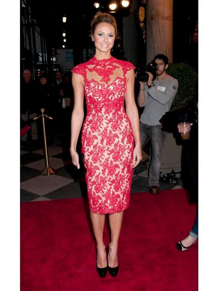 """New York Fashion Week Spitzen Auftritt! Endlich durfte auch Stacy Keibler (32) als """"Star"""" bei der Fashion Week auflaufen, immerhin ist sie jetzt die Freundin von George Clooney (50)."""