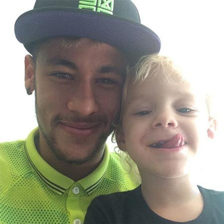 Auszeit vom WM-Spektakel. Neymar nimmt sich Zeit für seinen Sohn