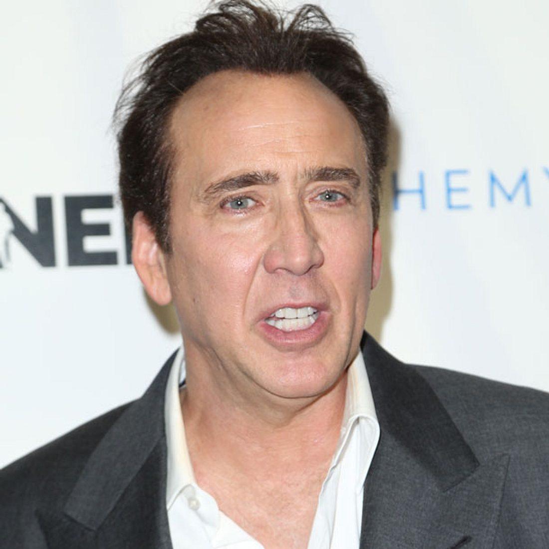 Nicolas Cage gibt T-Rex-Kopf zurück