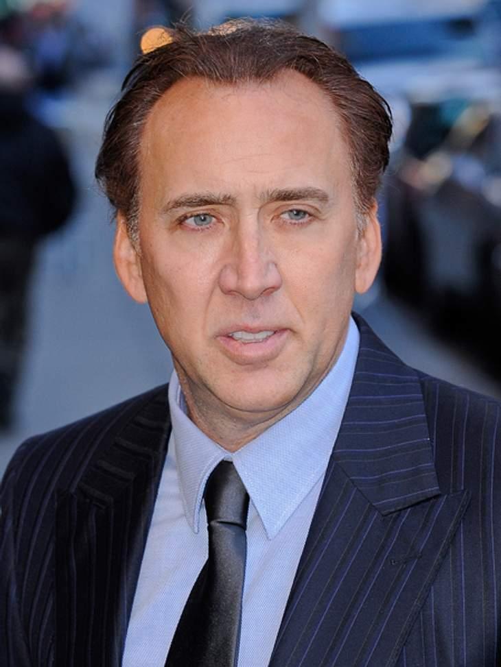 So heißen Promis wirklich!Nicolas Cage (48) kommt aus einer echten Filmemacher-Familie. Sein richtiger Name verrät es, denn auf seiner Geburtsurkunde steht der Name Nicolas Kim Coppola. Er ist der Neffe von Regisseur Francis Ford Coppola, C