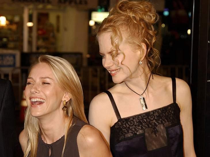 Promi-BFFs - Durch dick & dünnDie Freundschaft von Nicole Kidman (45) und Naomi Watts (43) begann in einer Konkurrenzsituation: Beide sprachen für dieselbe Rolle in einem Werbespot vor. Anschließend teilten sie sich ein Taxi und ihre Fr
