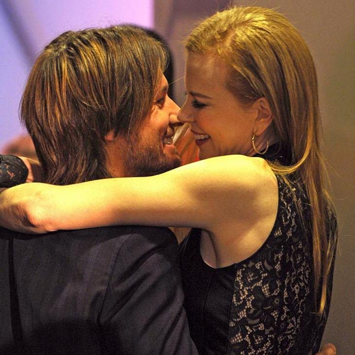 """15. Nicole Kidman & Keith UrbanDas weltberühmte Wirtschaftsmagazin """"Forbes"""" hat ausgewertet - und die Promi-Paare festgelegt, die in dem Jahr zwischen Juni 2008 und Juni 2009 die meiste Kohle angehäuft haben. Mit unter den Top"""