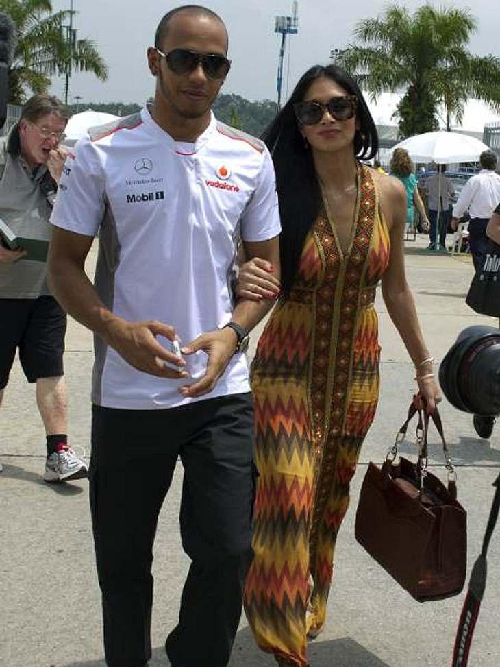 Berühmte Paare und ihre On-Off-LiebeBeziehungsstatus: unentschieden. Sängerin Nicole Scherzinger (33) und Formel-1-Pilot Lewis Hamilton (27) trennen und versöhnen sich gefühlt einmal pro Woche. Aktuell zeigten sich die beiden wieder schwer