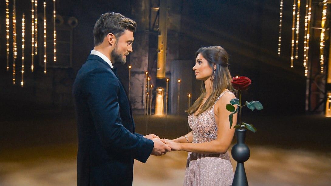 Bachelor Niko Griesert & Michèle de Roos - Foto: TVNOW