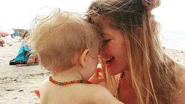 Nina Bott teilt intimen Moment mit Baby Luna auf Instagram! - Foto: Instagram