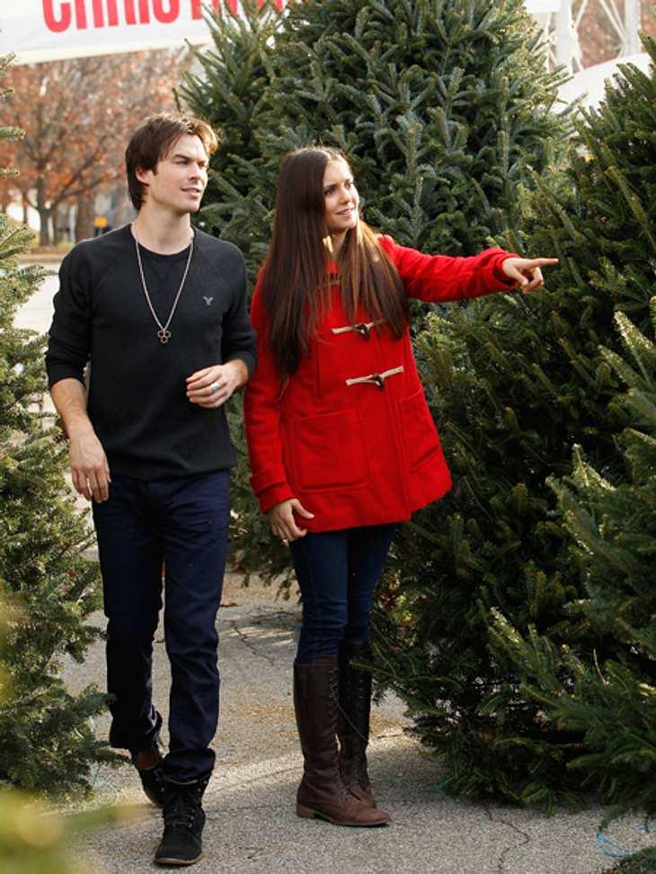"""Ho Ho Ho - Stars im WeihnachtsfieberNina: """"Aber der ist toll.""""Ian: """"Ahh nee..."""""""