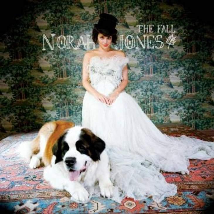 """,Norah Jones - """"Waiting""""Das meint die WUNDERWEIB.de-Redaktion: """"Waiting"""" von Norah Jones  in diesem Monat etwas Melancholisches, weil die Frühlingssonne sich immer noch nicht blicken lässt...""""  Norah Jones - """"W"""