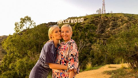 Oksana Kolenitchenko heute mit Mutter - Foto: TVNOW / Splendid Studios