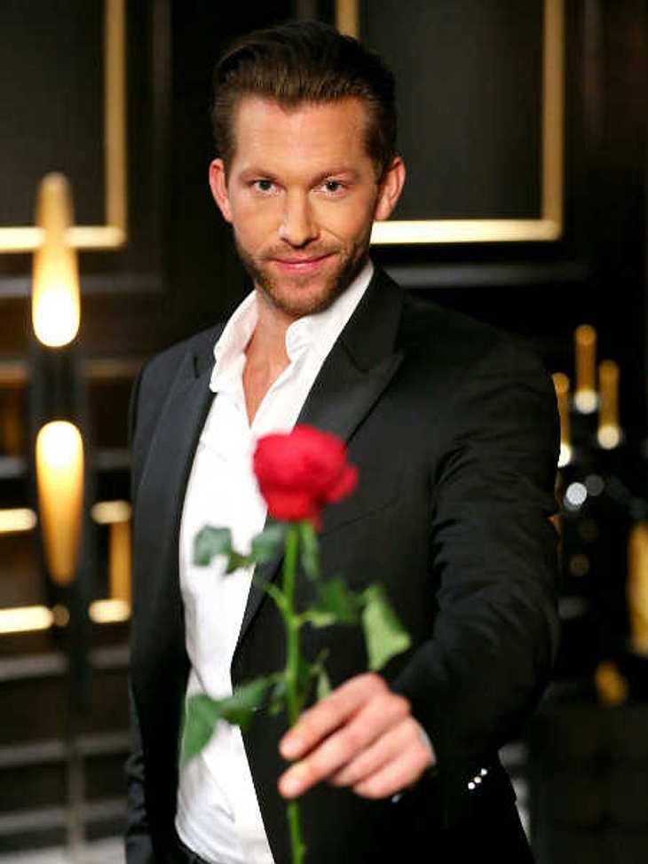 Auf seinen Rosen bleibt er sitzen, doch die Zuschauer gehen ihm flöten