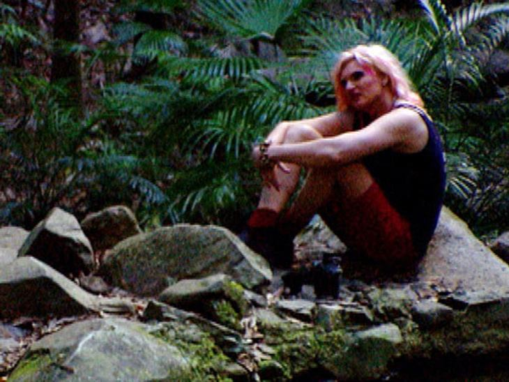 """Ohne Olivia Jones wäre das """"Dschungelcamp"""" langweilig!Auch mit intimen Geständnissen hält Olivia Jones nicht hinterm Berg. Im """"Dschungelcamp"""" sprach sie über das wohl traurigste Kapitel ihrer Kindheit und zeigte ihre ung"""
