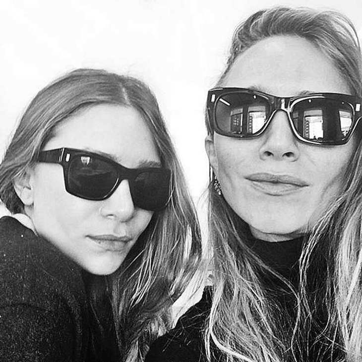 Olsen Twins Selfie