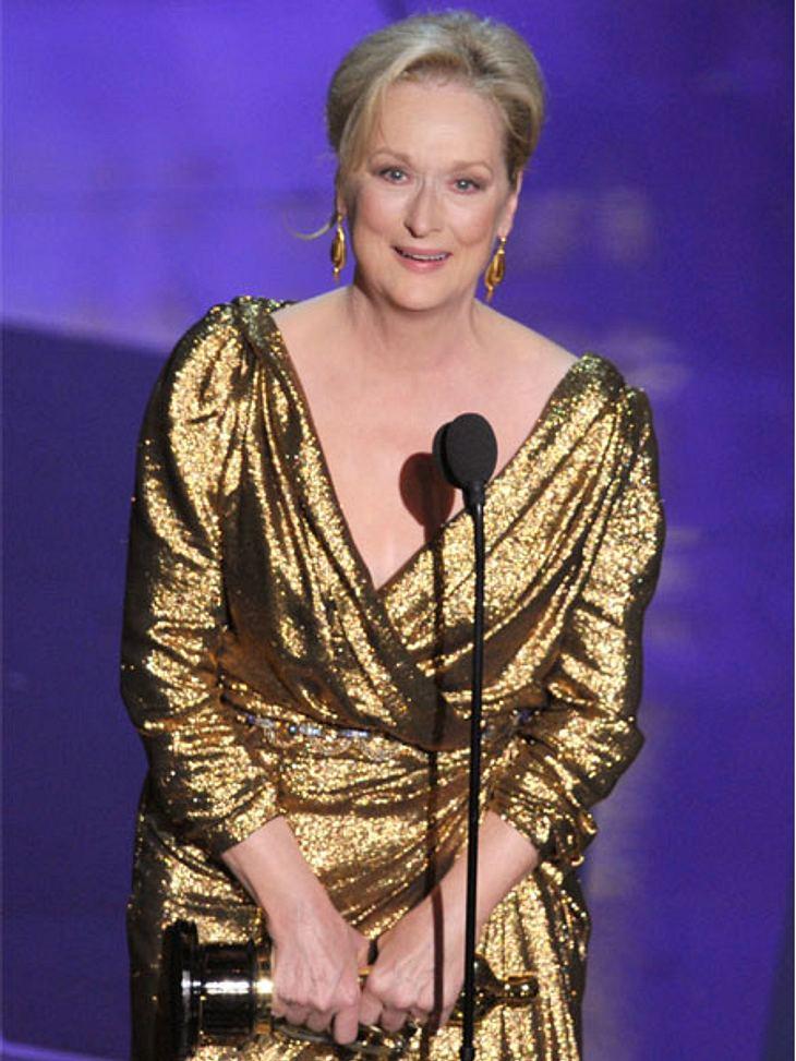 """Jahresrückblick 2012 - Die schönsten Momente der StarsEin glorreicher Moment: Am 28. Februar 2012 hieß es zum 54. Mal: """"And The Oscar goes to..."""". Und nach 20 Jahren Pause konnte sich Meryl Streep über ihren dritten Oscar freuen -"""
