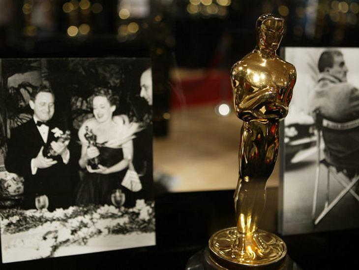 """Die Oscar-Verleihung: 12. Februar 1929An diesem Tag begann die glanzvolle Geschichte der Oscar-Verleihung. Zum ersten Mal hieß es """"And the Oscar goes to..."""". Großer Gewinner des Abends war der Film """"Wings"""".,Hier geht's z"""