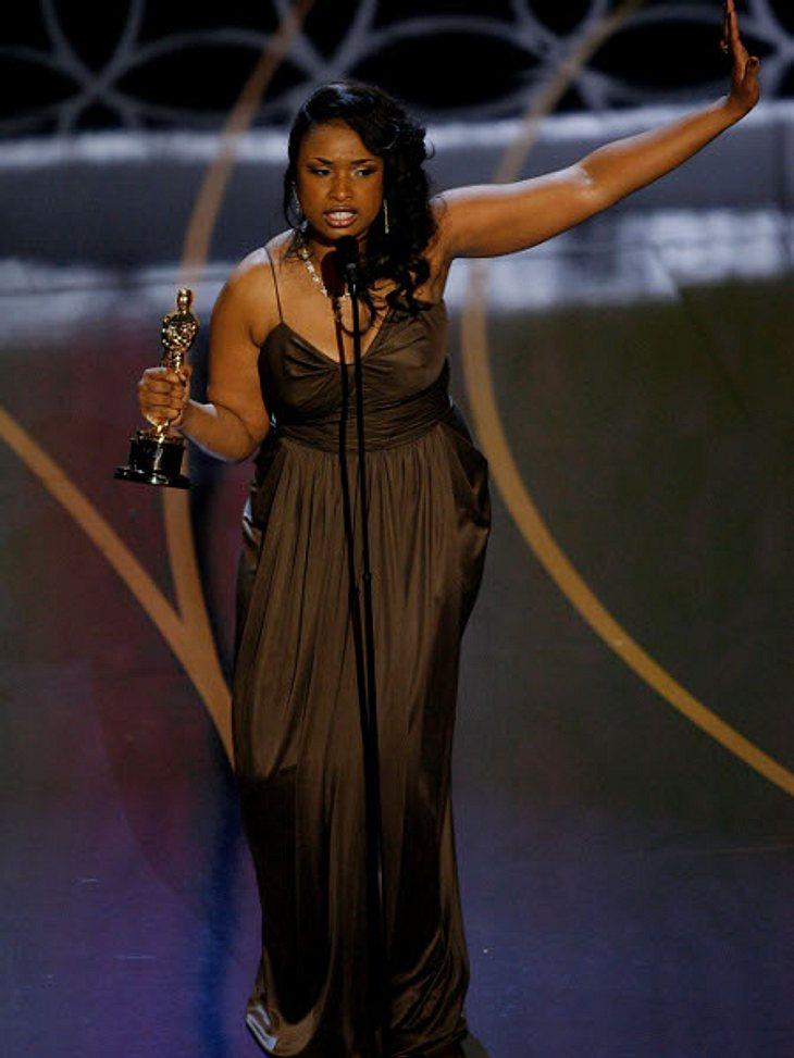 """Die Oscar-Verleihung: 5 GebeteEine häufig genannte """"Person"""" in Dankesreden der Oscar-Verleihung ist der liebe Gott. Gläubige Preisträger richten ihren Dank fast immer an die höhere Macht im Himmel. Besonders gut meinte es Jennifer"""