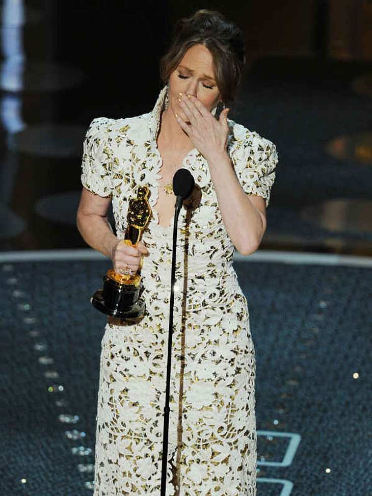 """,Oscar-Verleihung 2011:Zu Tränen gerührt war Melissa Leo, als sie ihre Dankesrede für die """"Beste Nebenrolle"""" in """"The Fighter"""" hielt. Ihr rutschte sogar das """"F-Wort"""" heraus!"""