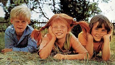 Pippi Langstrumpf, Tommy und Annika Settergren als Trio - Foto: Imago