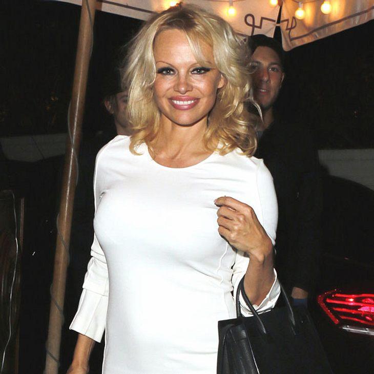 Juhu! Pamela Anderson spielt bei Baywatch mit!