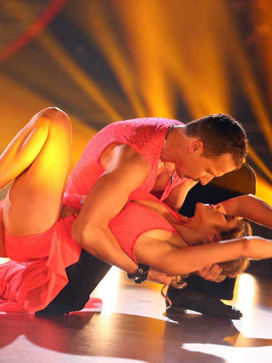 Panagiota Petridou will ihrem Tanz-Partner nicht nahe kommen.