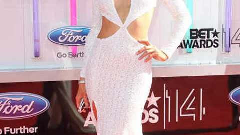 Paris Hilton zeigte bei den BET-Awards ziemlich viel. - Foto: FayesVision/WENN.com
