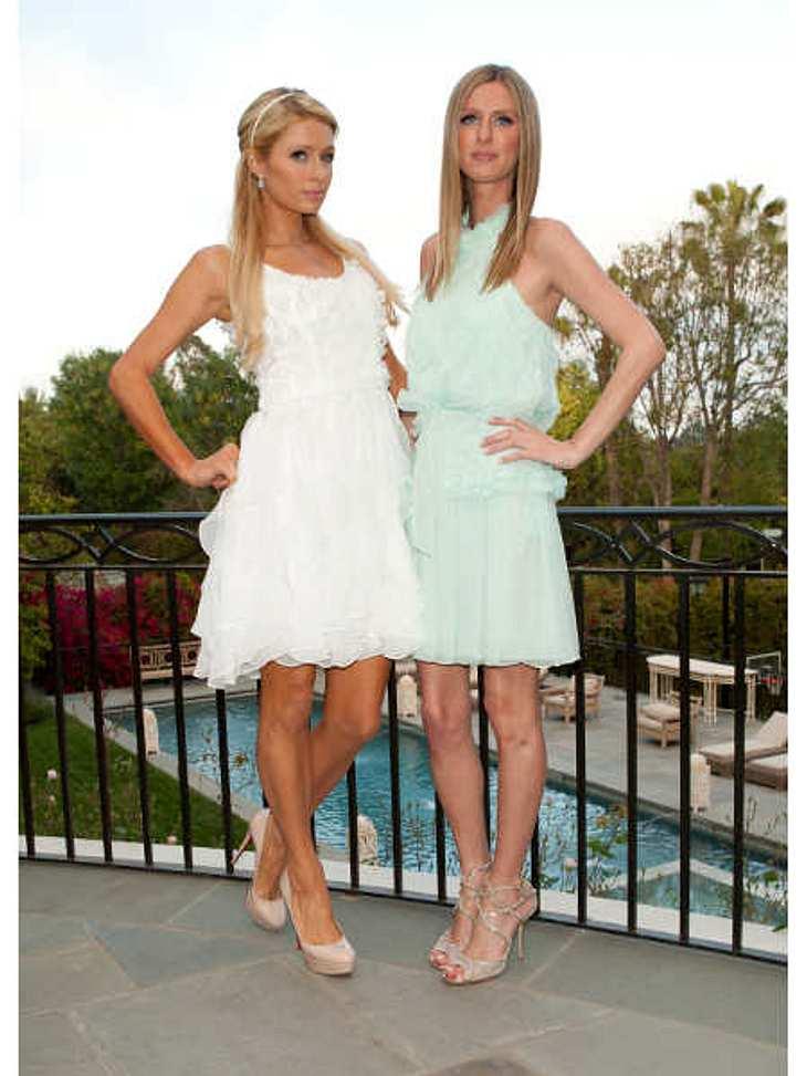 Die heißesten Promi-GeschwisterGeschäftstüchtig sind die Hotel-Erbinnen ja beide: Während Nicky Hilton (28, r.) sich als Foto-Model und Designerin ihr ohnehin schon dickes Sparkonto aufbessert, betätigt sich Selbstvermarktungs-Profi Paris H