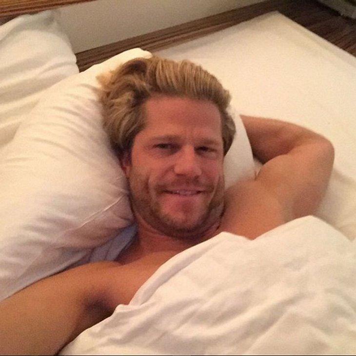 Paul Janke überrascht mit heißen Bett-Selfie!