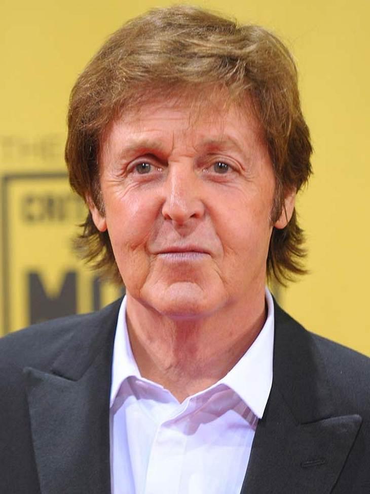 """Star erinnern sich an den 11. September 2011Paul McCartney (69) zum 11. September:""""Ich war auf dem Weg zurück nach England, wir waren auf dem """"John F. Kennedy""""-Flughafen in New York schon auf dem Rollfeld, als der Pilot sagte"""