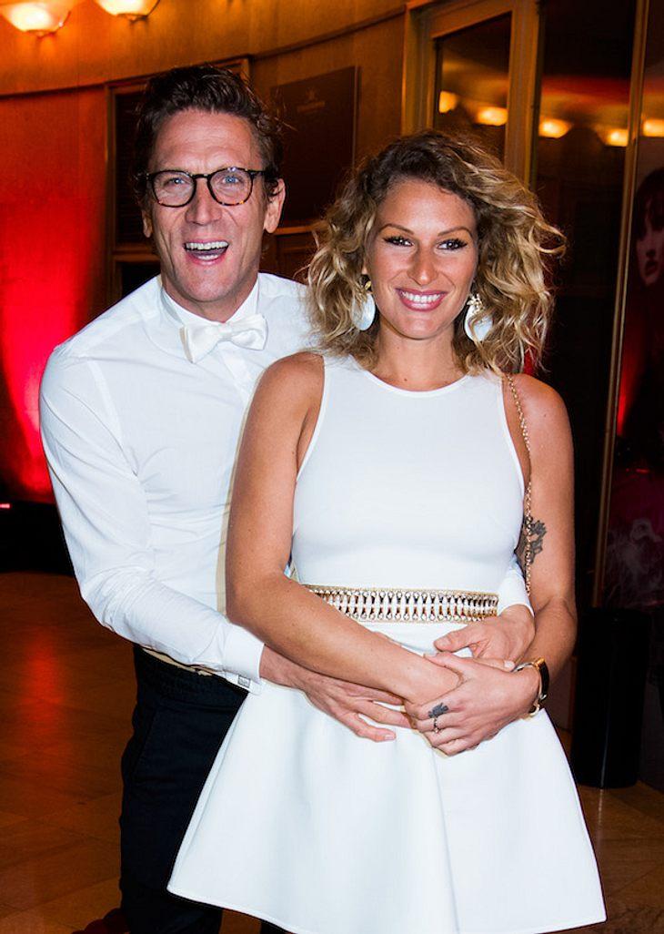 Nach 7 Monaten: Janni Hönscheid & Peer Kusmagk bekommen ein Baby