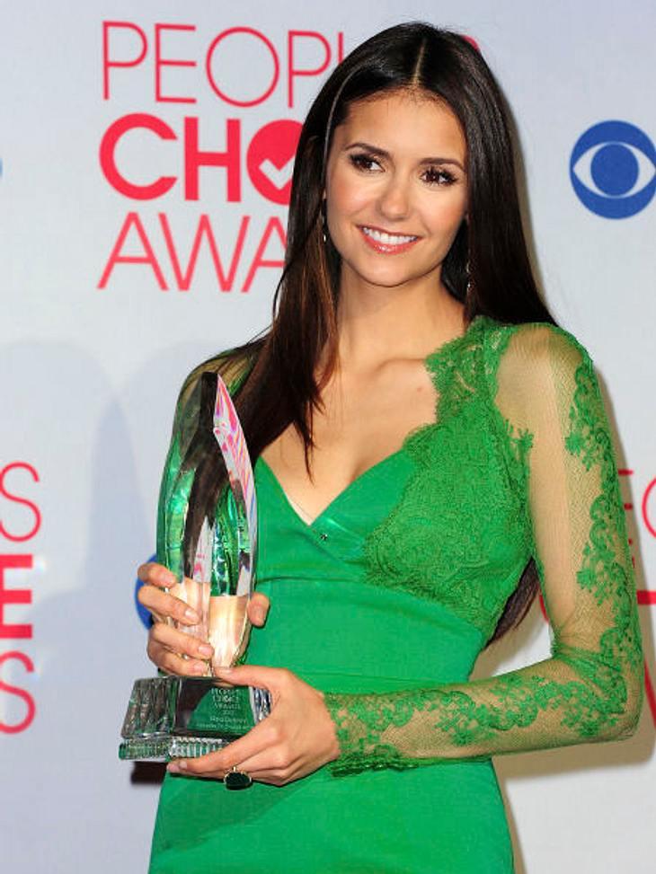 """""""People's Choice Awards"""" 2012Nina Dobrev (23, """"Vampire Diaries"""") wurde zur beliebtesten TV-Schauspielerin gewählt."""