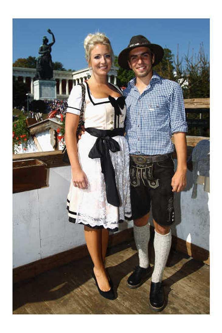 Philipp Lahm und seine Ehefrau Claudia haben ein Baby bekommen