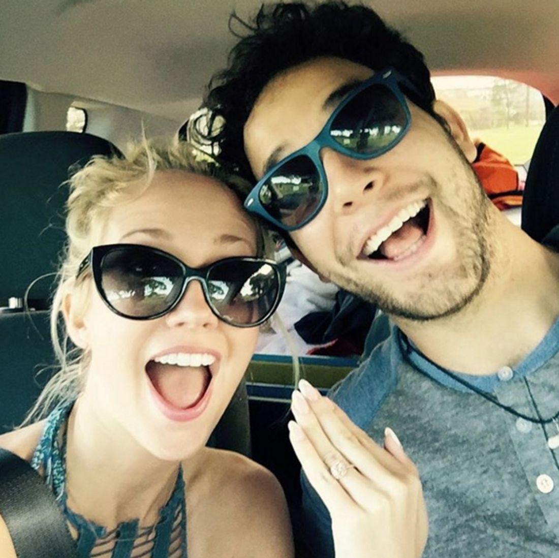 Skylar Astin und Anna Camp sind verlobt