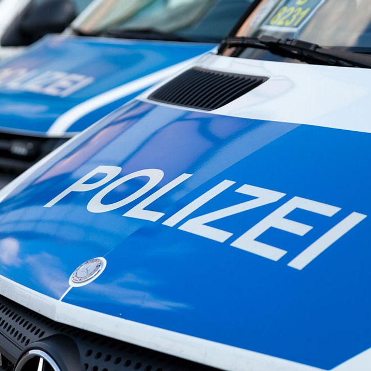 Polizei jagt Rapper nach Messerstecherei