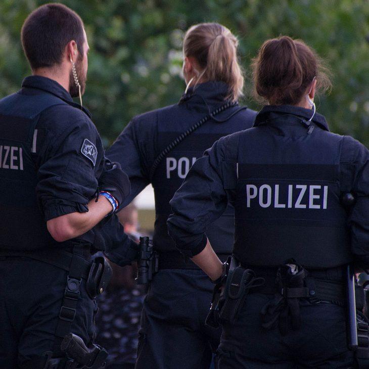 Islamistische Szene Polizei beschlagnahmt Waffen und große Mengen Munition in Berlin