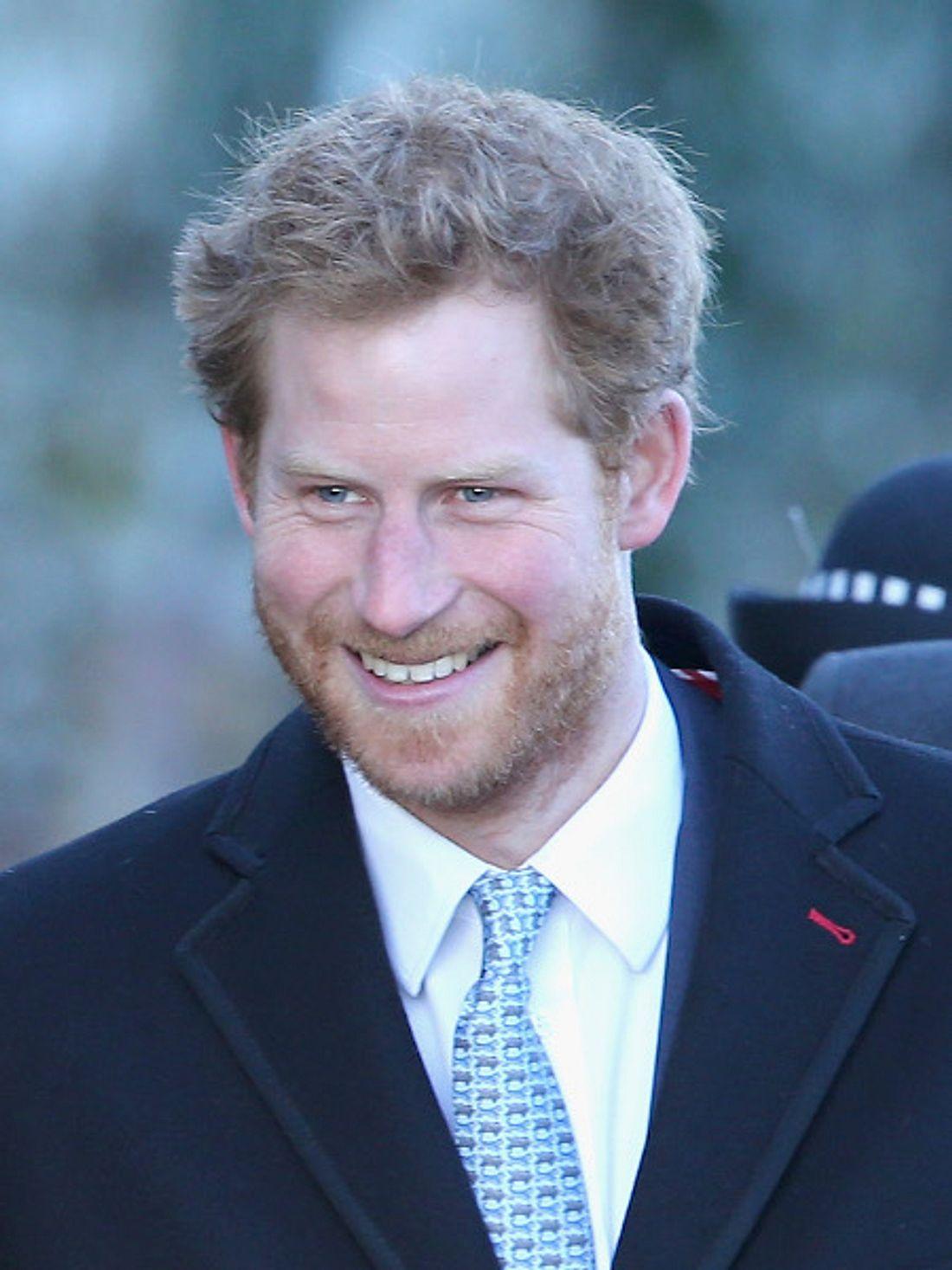Prinz Harry mit royalem Vollbart.