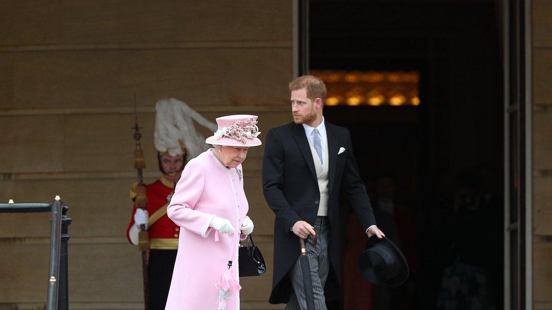 Harry und die Queen - Foto: GettyImages