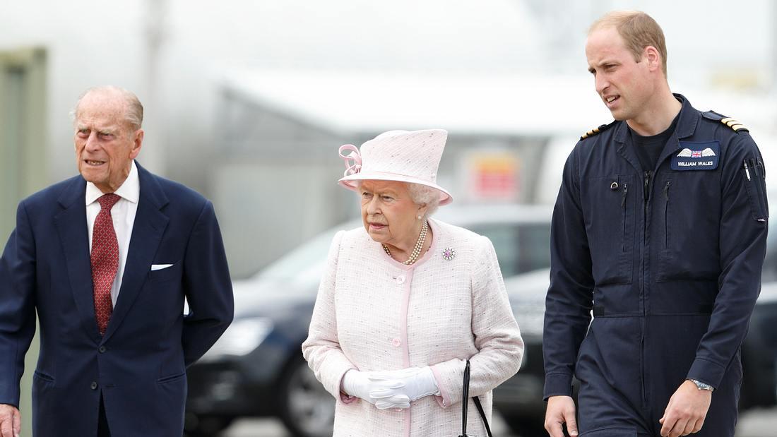 Prinz Philip, Queen Elizabeth II. & Prinz William