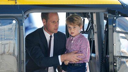 Prinz William und Prinz George - Foto: Pool/Samir Hussein/WireImage
