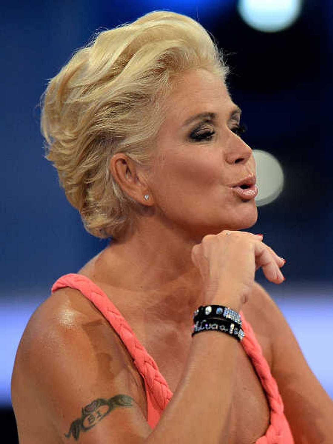 Promi BB: Claudia Effenberg wütet gegen ihre Fans!