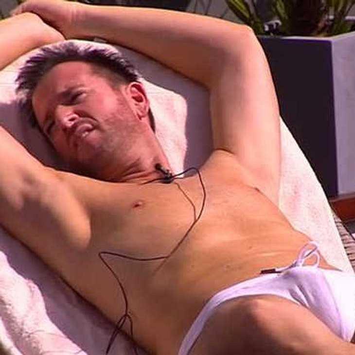 Promi-BB: Michael Wendler blamiert sich in peinlicher Armani-Badehose!