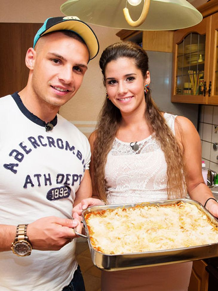 "Pietro Lombardi und Sarah Engels beim ""perfekten Promi Dinner""."