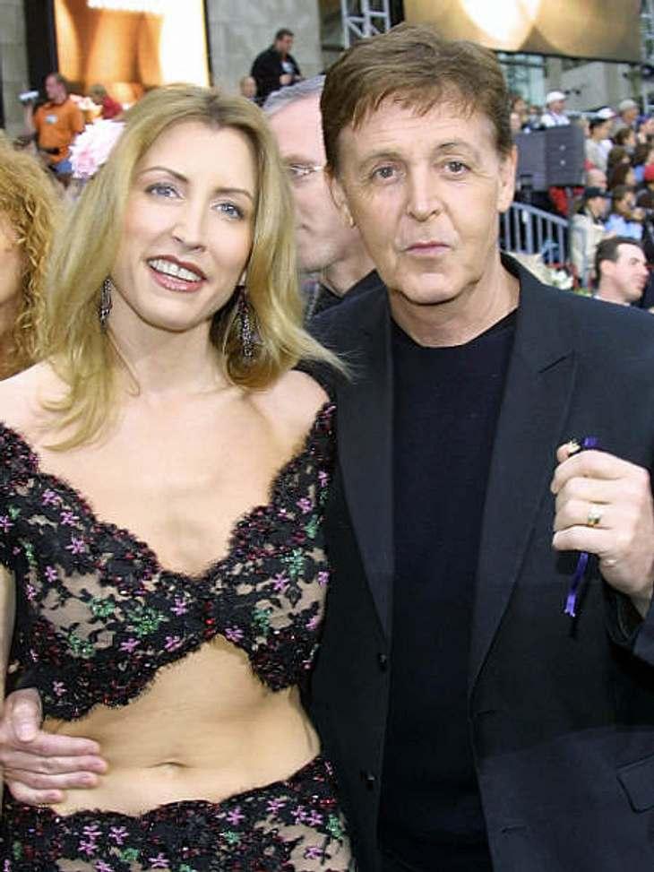 """Die teuersten Promi-Scheidungen: Platz 11Ex-""""Beatle"""" Paul McCartney traf es ein wenig schwerer als Michael Douglas. Er musste seiner Ex-Frau Heather Mills nach einem erbitterten Scheidungskrieg ganze 45,2 Millionen Dollar zahlen."""
