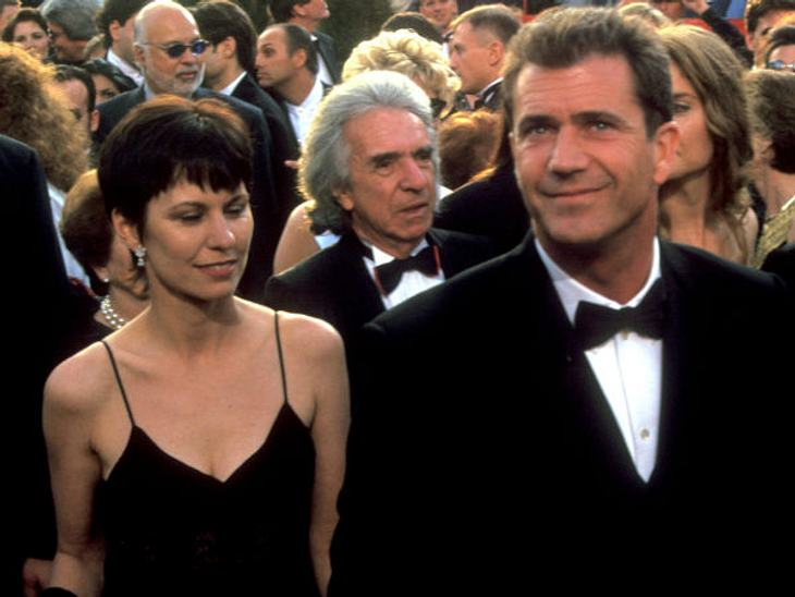 Die teuersten Promi-Scheidungen: Platz 1,Er ist der Rekordhalter: die teuerste aller Promi-Scheidungen! Im Dezember 2011 wurden der Ex-Frau von Schauspieler Mel Gibson, der Zahnarzthelferin Robyn Gibson, satte 325 Millionen Dollar zugesproc