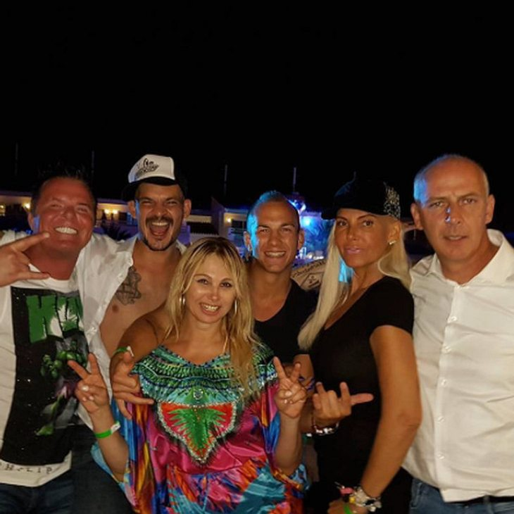 Die 'Promi Big Brother'-Bewohner sind auf Ibiza wieder vereint