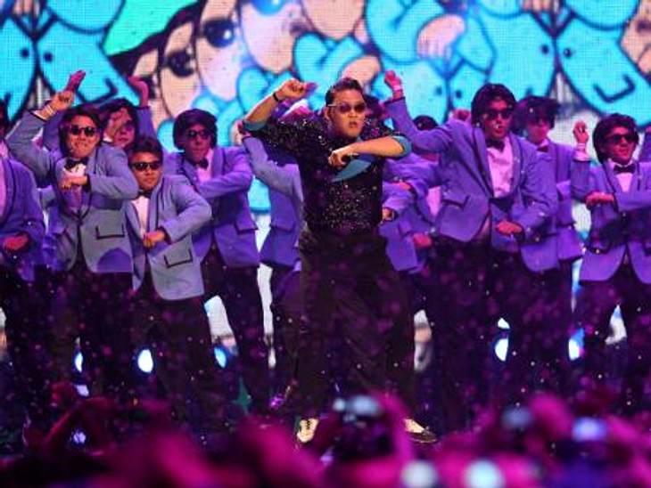 """MTV Europe Music Awards 2012 - Die HighlightsDer südkoreanische Rapper Psy (34) brachte die Stimmung in der Halle zum Überkochen. Mit seinem Hit """"Gangnam Style"""" heizte er den rund 8000 Gästen ordentlich ein."""